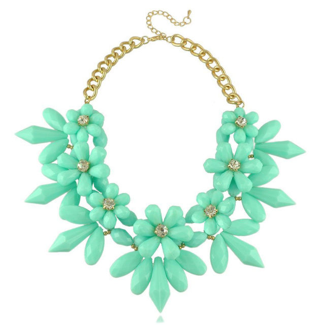 mint green flower spike necklace